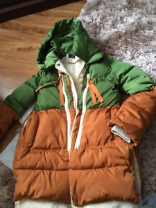 LADIES NEW SIZE M QUILTED JACKET WITH HOOD