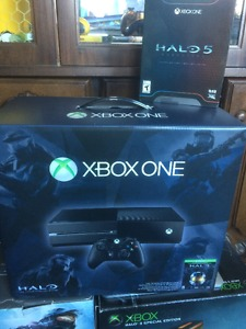 New Xbox One Console Master Chief Collection + Halo 5