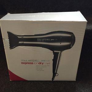 Paul Mitchell Ion Dry VI hair dryer