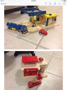 Plan city fire station and gas station wooden toys