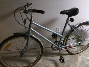 Women's Supercycle 6 speed mountain bike, (26 Inch tires)