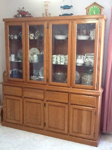 oak china cabinet and hutch