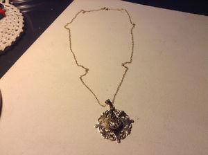 Antique Art Deco 14K Gold Sapphire pendant 8,9 grams