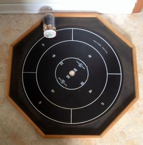 Crokinole / checkers board and buttons