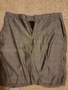 Denver Hayes Size 30 Shorts