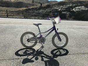 Giant Pudd'n 16 Girls bike