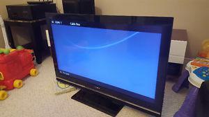 SONY 40 inch LCD TV