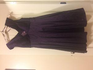 Beautiful Deep Purple Dress. Great Dress For Any Occasion.
