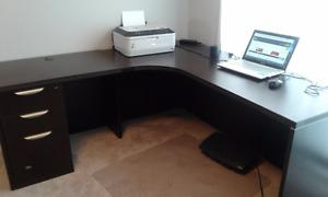 Beautiful L-shape office desk for sale, SE of Caglary, $200