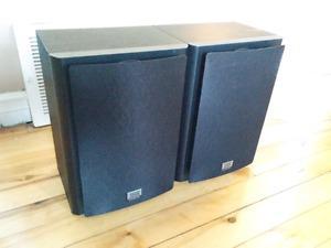 ONKYO SKB-980 speakers