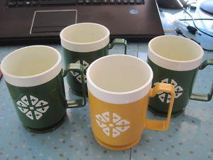 Set of 4 Vintage Chalet Plastic Mugs