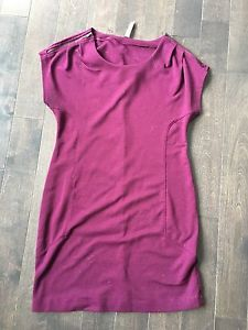 Size small maternity clothes 25$