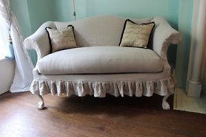Wanted: Wanted to buy Shabby Chic style/Victorian Loveseat &