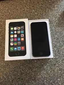 16GB Grey iPhone 5S FOR SALE