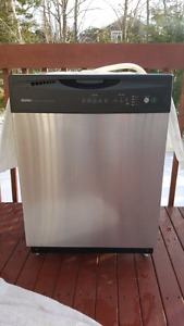Kenmore 24 inch stainless steel dishwasher for sale $200