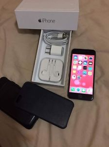 iPhone 6 16gb Factory Unlocked like new