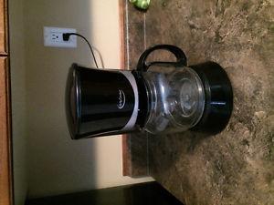 Betty Crocker coffee pot