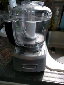 Cuisinart mini Food Processor. 4 cup.