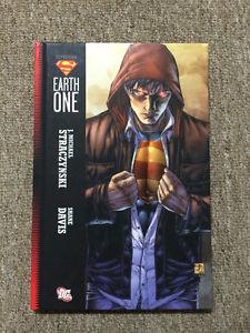 DC SUPERMAN EARTH ONE (HC Graphic Novel 1st Printing - )