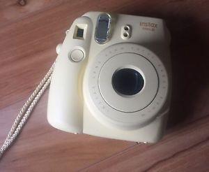 Fujifilm Instax Mini 8 Camera & Strap