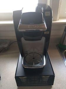Keurig machine and cup holder