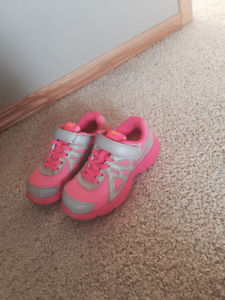 Nike girls shoes for sale like new size11.