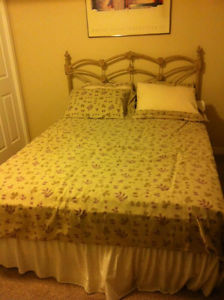 QUEEN SIZE BED WITH MATTRESS ONLY 1 YEAR OLD 550$ FIRM