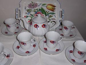 Red Hat tea set