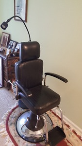 Retired Physicians Medical Examining Chair. Best offer takes