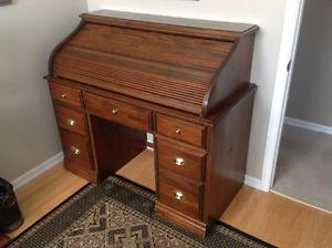 Rolltop Desk with Piano Stool