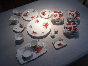 Royal Albert - Yuletide and Poinsettia - Bone China