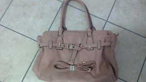 Spring oversize purse. Only used once. Comes with a long