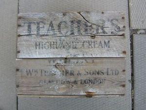VINTAGE - TEACHER`S HIGHLAND CREAM - WOODEN WHISKY BOX