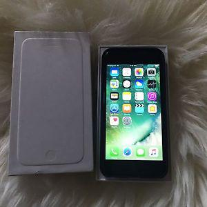 iPhone 6 with Sasktel excellent condition