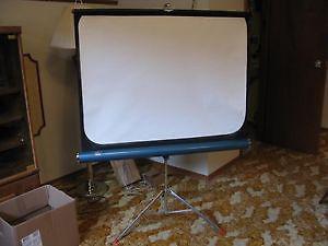 royalite projector screen