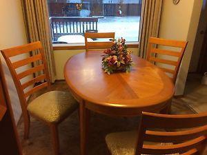 teak wood dining room table set $400 obo