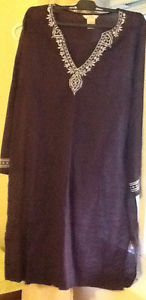 2 DRESSES sizes M, 1 SKIRT size  see all pics brown