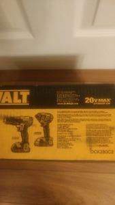 Brand New in the box 20 Volt Dewalt DCK280C2