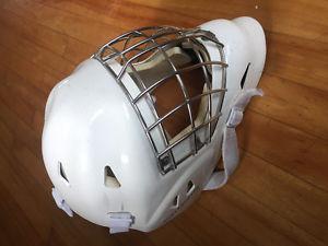 Goalie gear CCM CL Pro chest Vaughn  helmet v4 knee pads