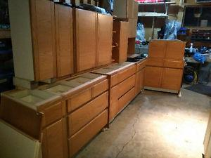 Kitchen cabinets with solid oak doors - 14 feet plus 2