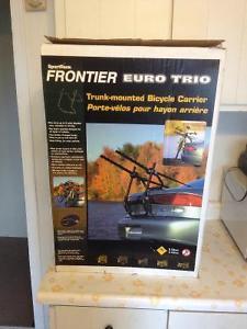 Like New - Sportsrack 3 Bike rack - $60 ono