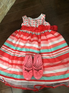 Lots of Dresses to choose from !!! Size 3t to 4t