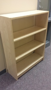 Nice free bookcase that needs to be nailed back together