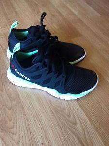 Reebok Sneakers - brand new!!