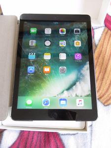 iPad Air - 16GB Wifi in original box- Excellent condition