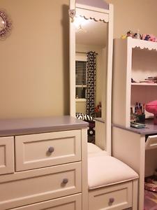 Bedroom set 7 pieces