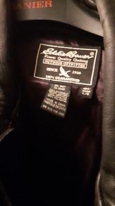 Black leather jacket sizelargeono