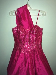 Size large short prom dress