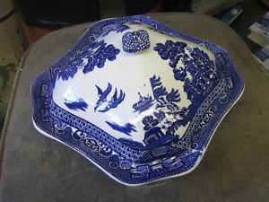 s BLUE & WHITE MASONS WILLOW PATTERM LIDDED COMPOTE BOWL