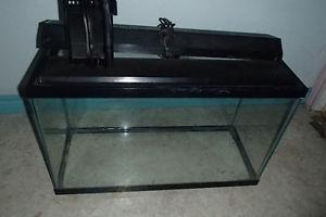 35 Gal Fish Tank / Aquarium with light, cover, filter & net
